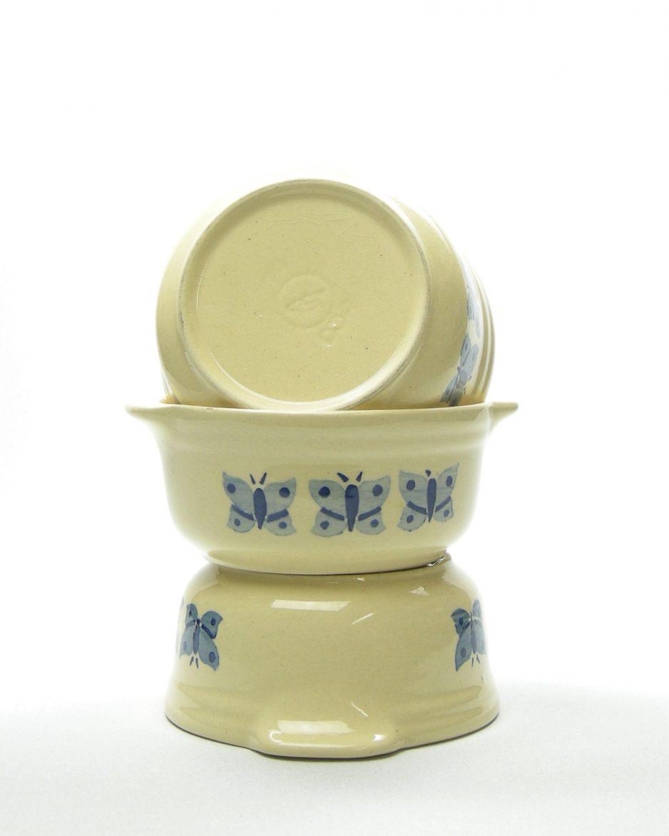 243 - soepkommen DDR crème blauw