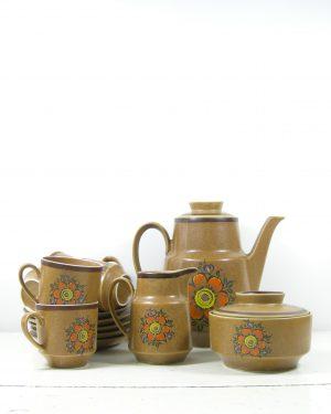 287-koffie-servies-met-5-kop-en-schotels-bruin-5