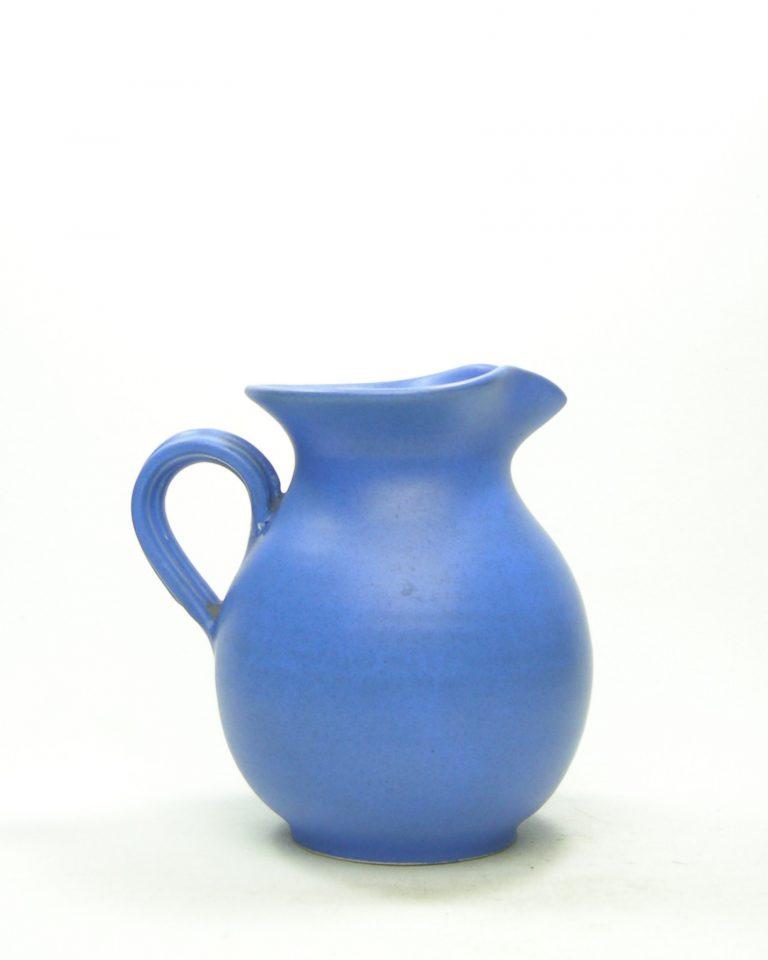 449 – pitcher hand made Greece blauw