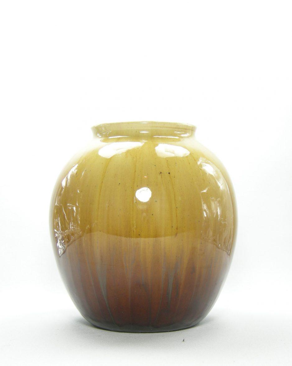 453 - vaas met verloop kleuren van warm bruin naar donkerbruin