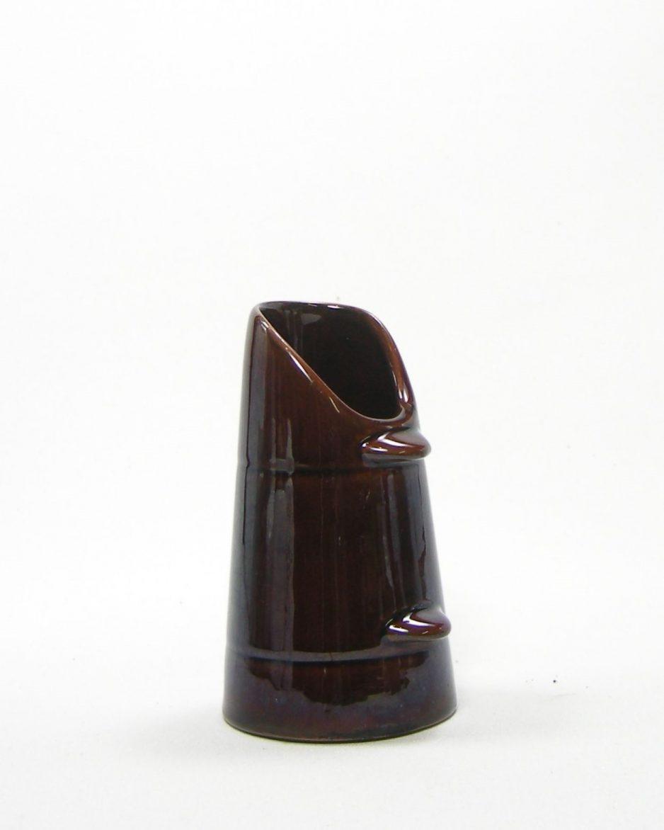 455 - vaasje kolenkit op stokjes gebakken bruin