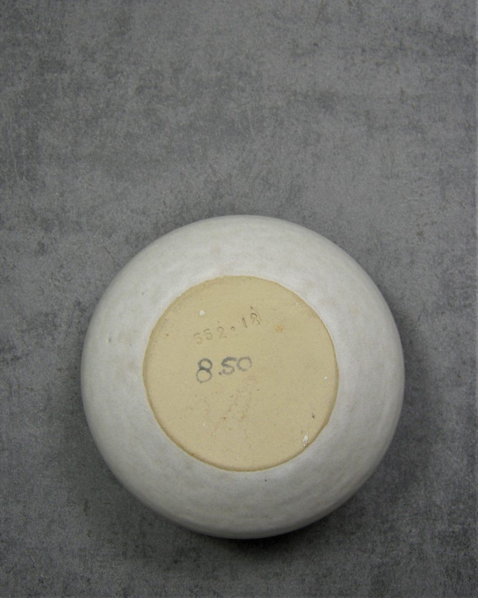493 - bol vaas 552.12 beige