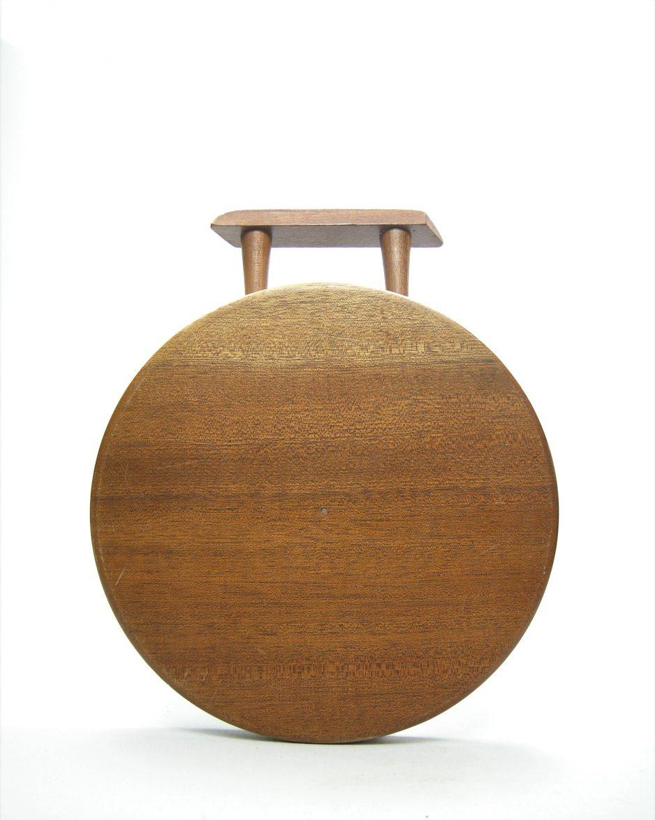 523 - kaasplankje hout met tegel