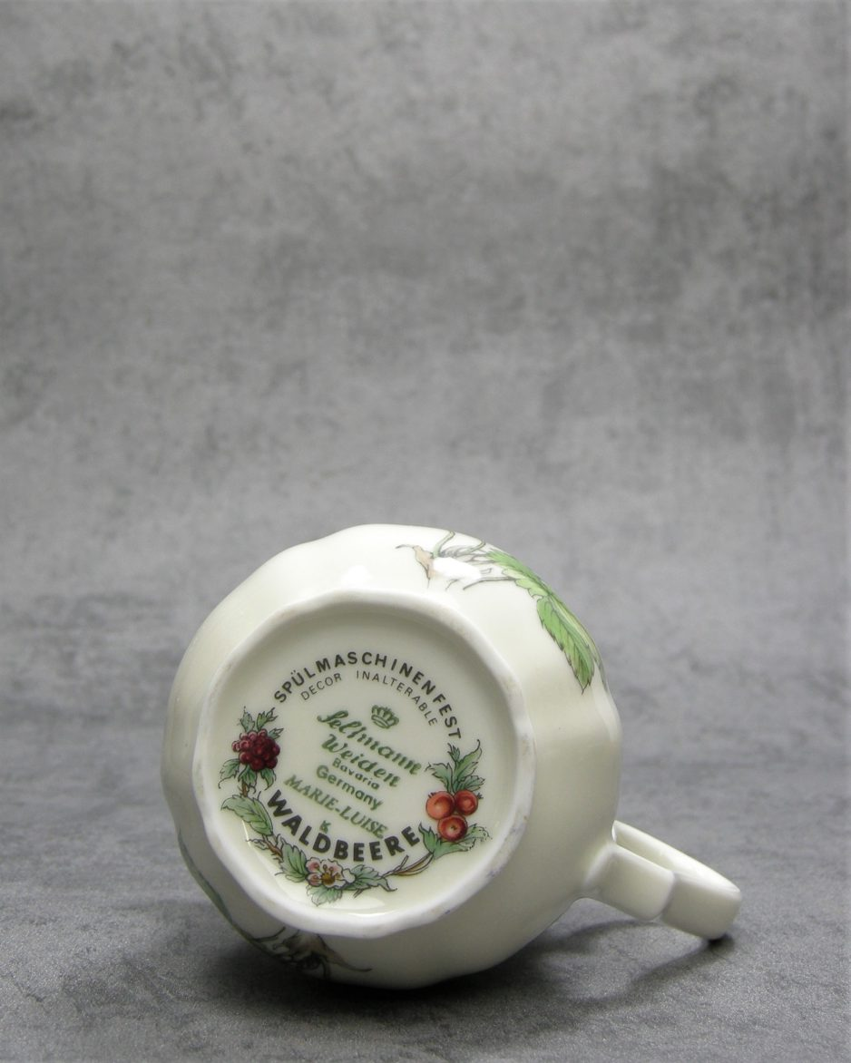 583 - kannetje Seltmann Weiden Bavaria Waldbeere wit