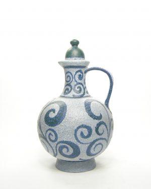 661 – pitcher met motief blauw