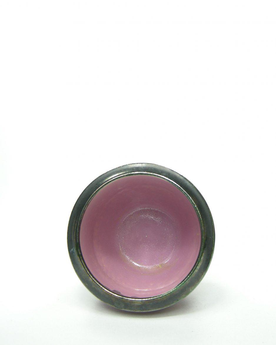 686 - bloempot met donkere rand roze