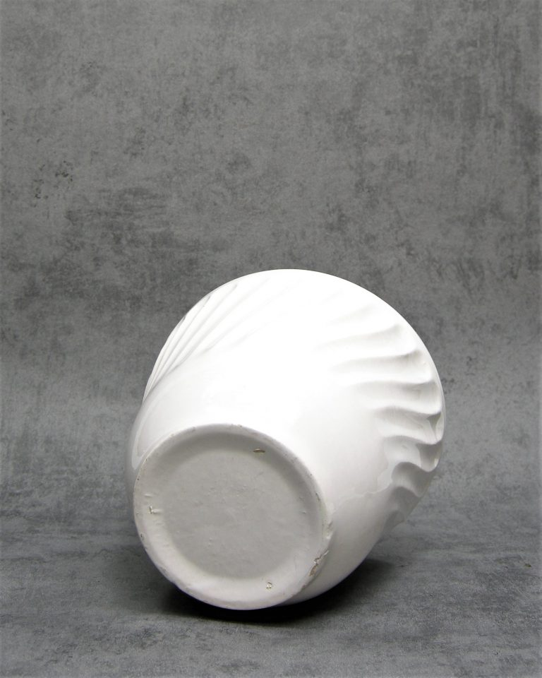 70 – bloempot op stokjes gebakken wit (4)