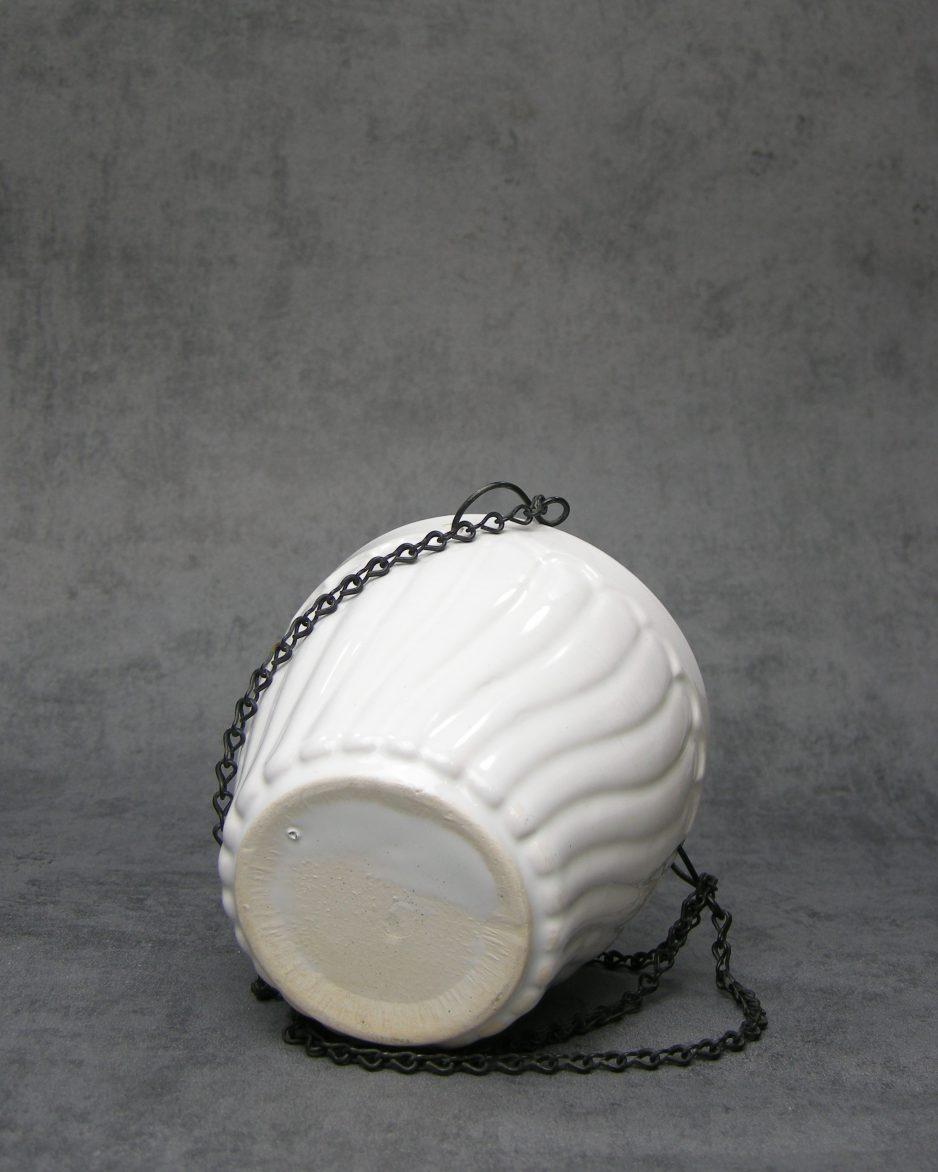 702 - hang bloempot met horizontale ribbels wit