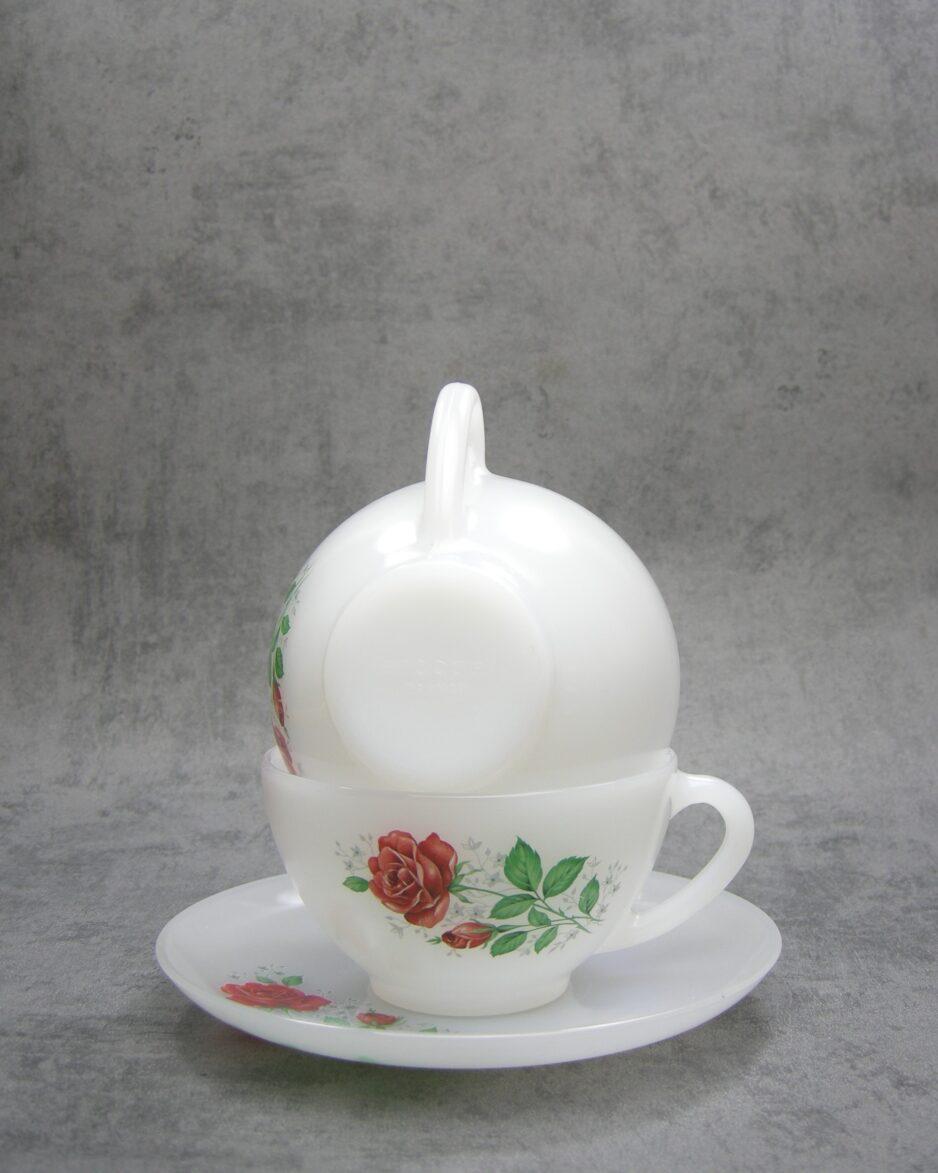 639 - Vintage soepkommen Acropal France met roos