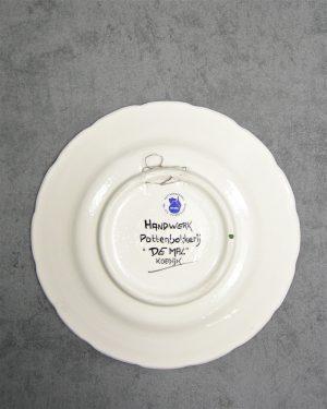 754 – bord Ursem Pottenbakkerij De Mal Koedijk wit-roze