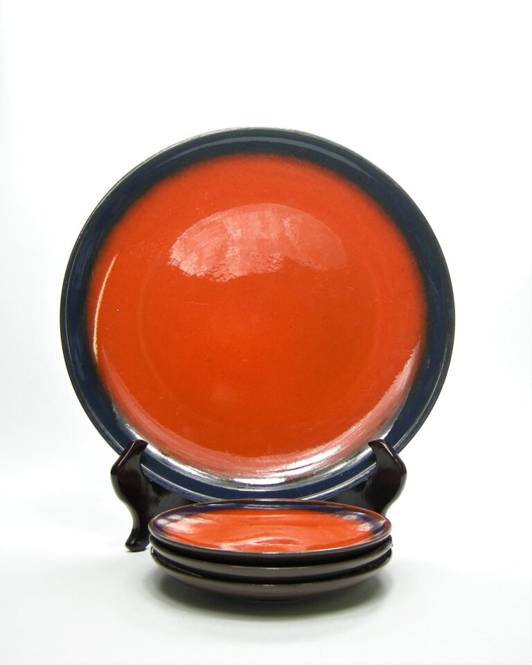 758 – borden potterbakkerij 'T Vuur oranje – blauw – bruin