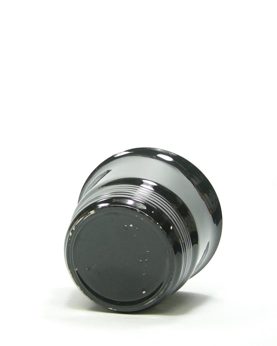 809 - bloempot op stokjes gebakken zwart