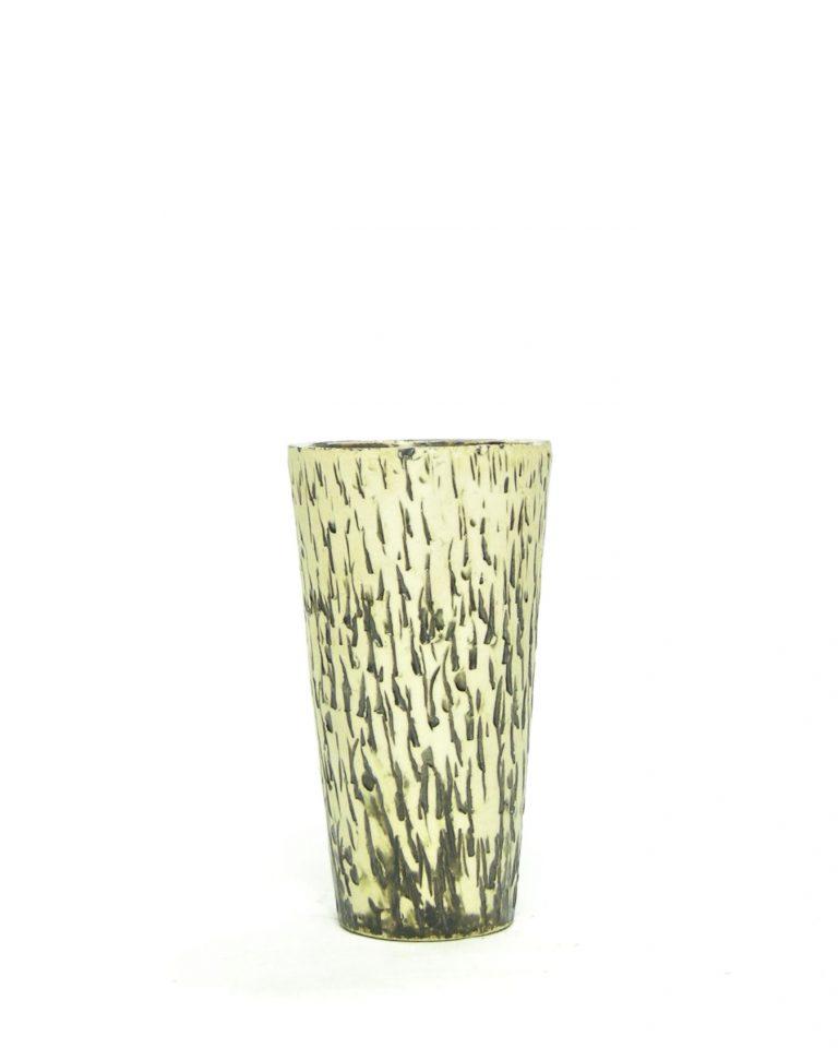 832 – Vintage vaasje berkenbast met glans groen