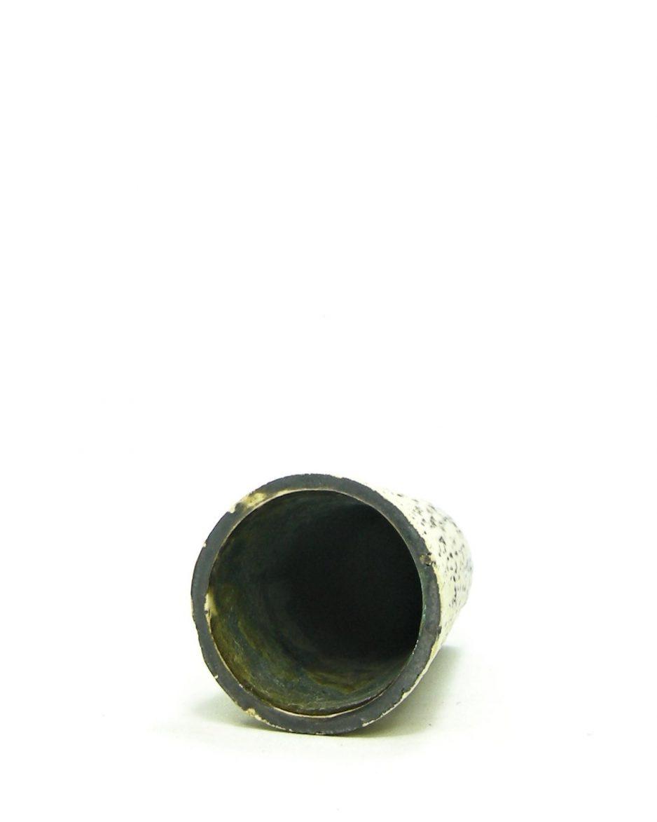 832 - Vintage vaasje berkenbast met glans groen