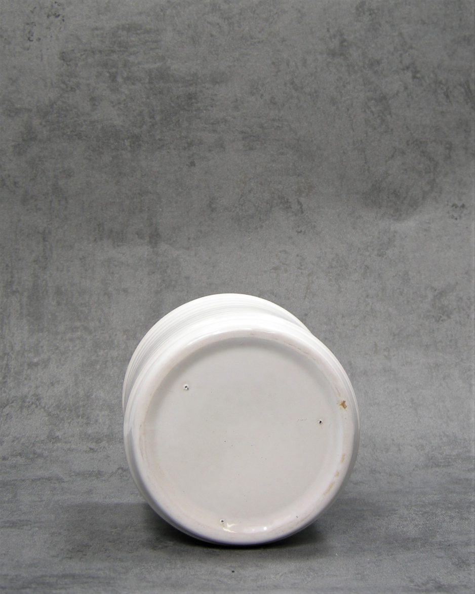 855 - bloempot op stokjes gebakken wit