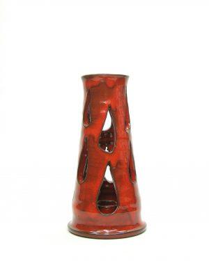 867 - kandelaar AJ op stokjes gebakken rood