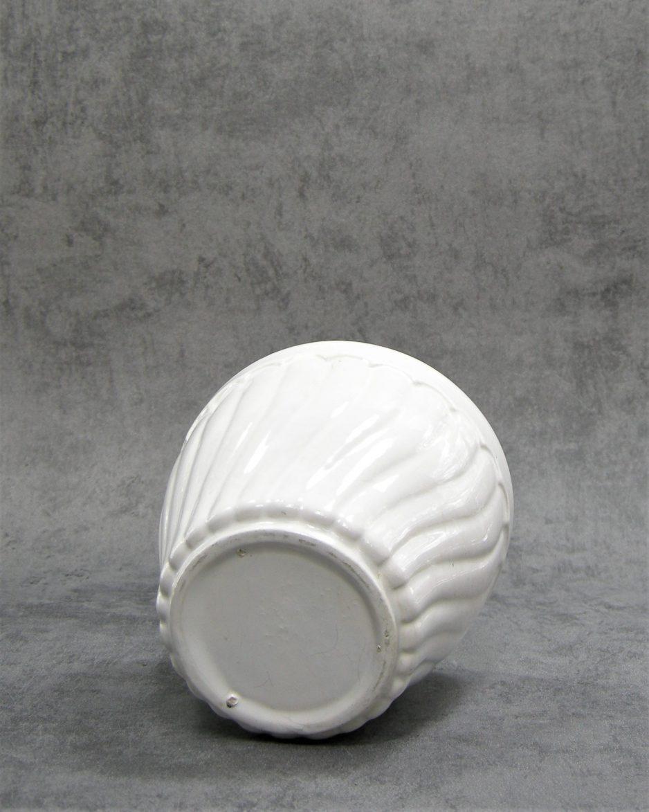 888 - bloempot op stokjes gebakken wit