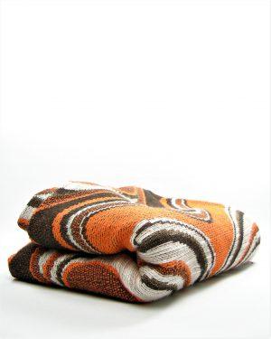 920 - tafelkleed oranje - bruin - wit