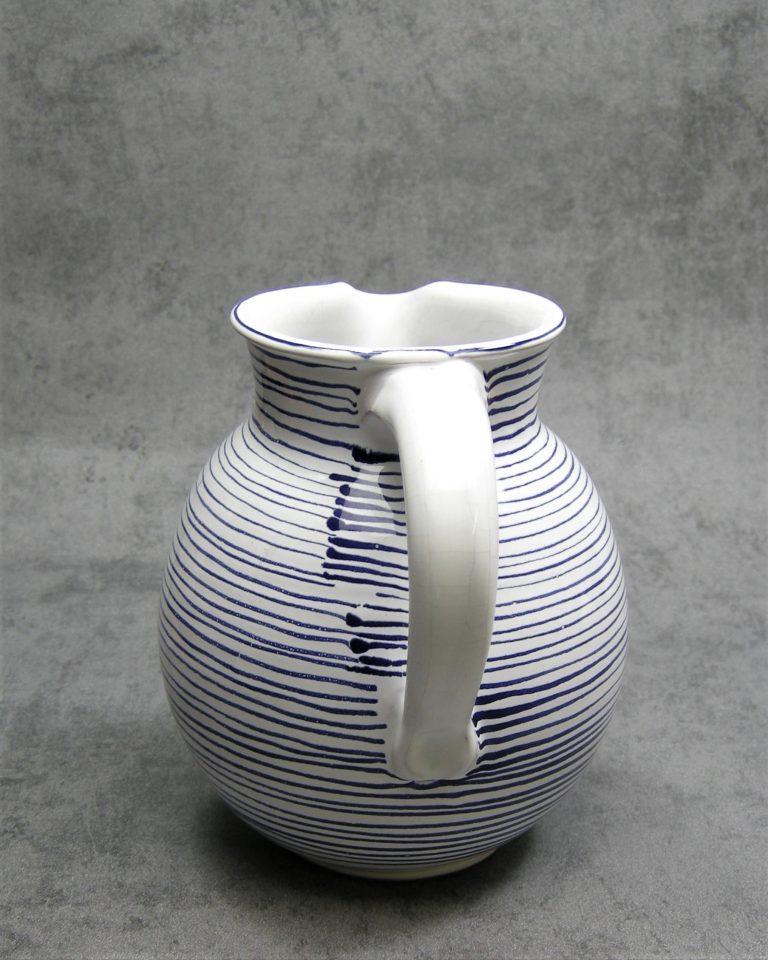 993 – pitcher Hallstatt Keramik wit-blauw