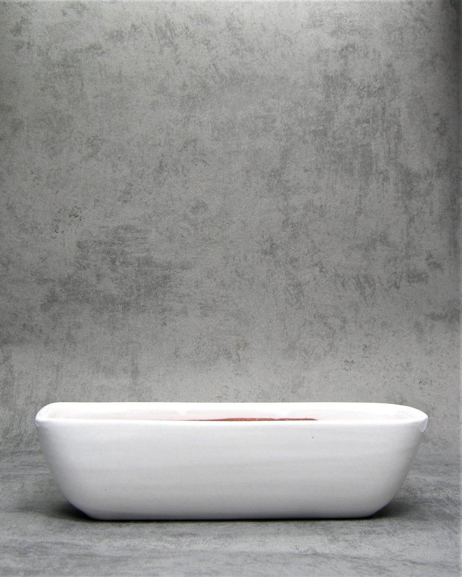 1019 - langwerpige bloempot op stokjes gebakken wit