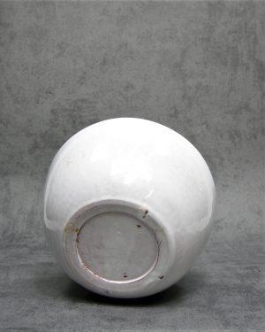 1023 – bloempot op stokjes gebakken wit