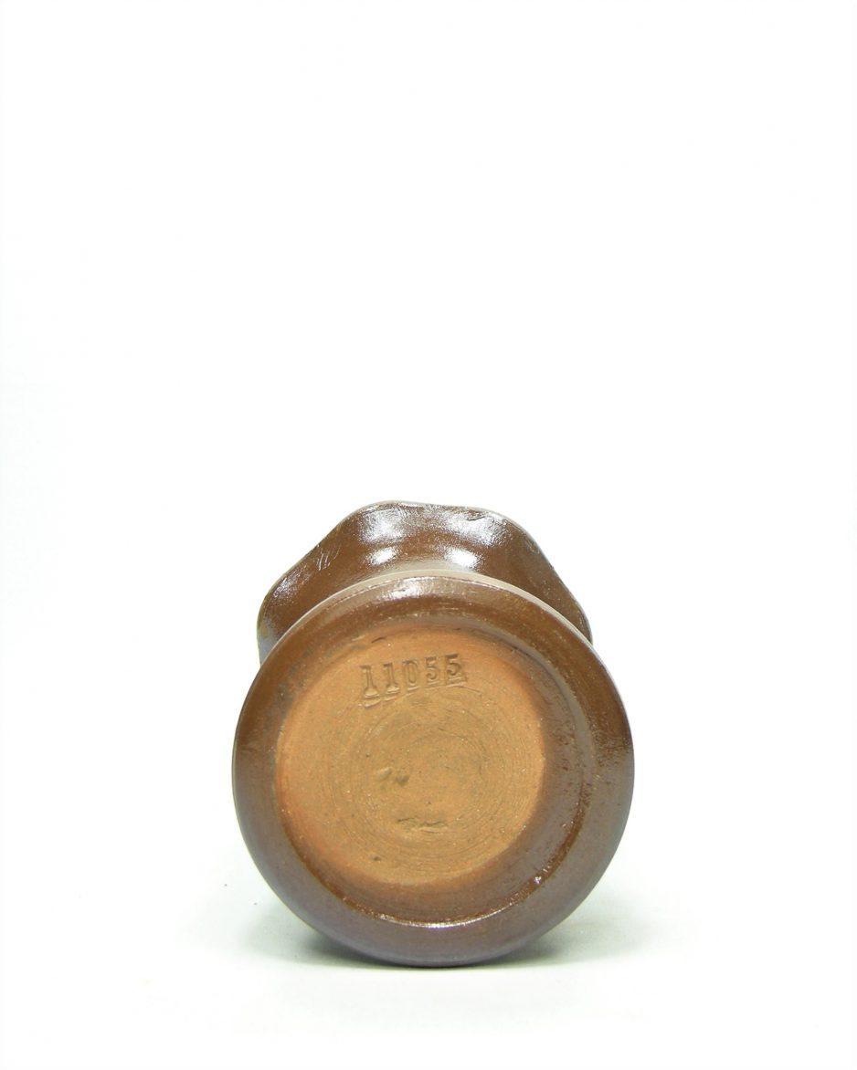 1067 - vaas 11055 bruin