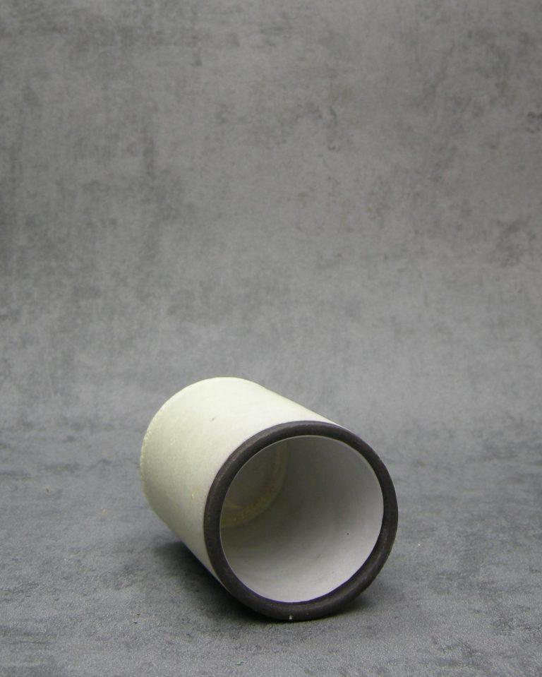 1088 – cilinder vaasje crème – geel