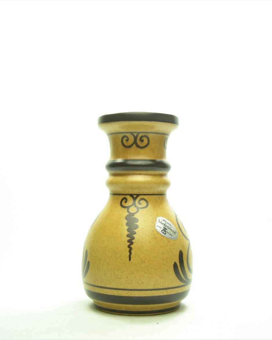 1105 - vaas Flora Keramiek Gouda Argos bruin