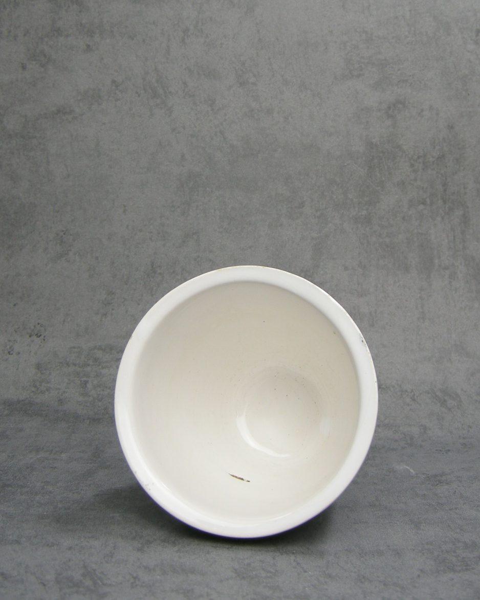 1147 - bloempotje op stokjes gebakken wit