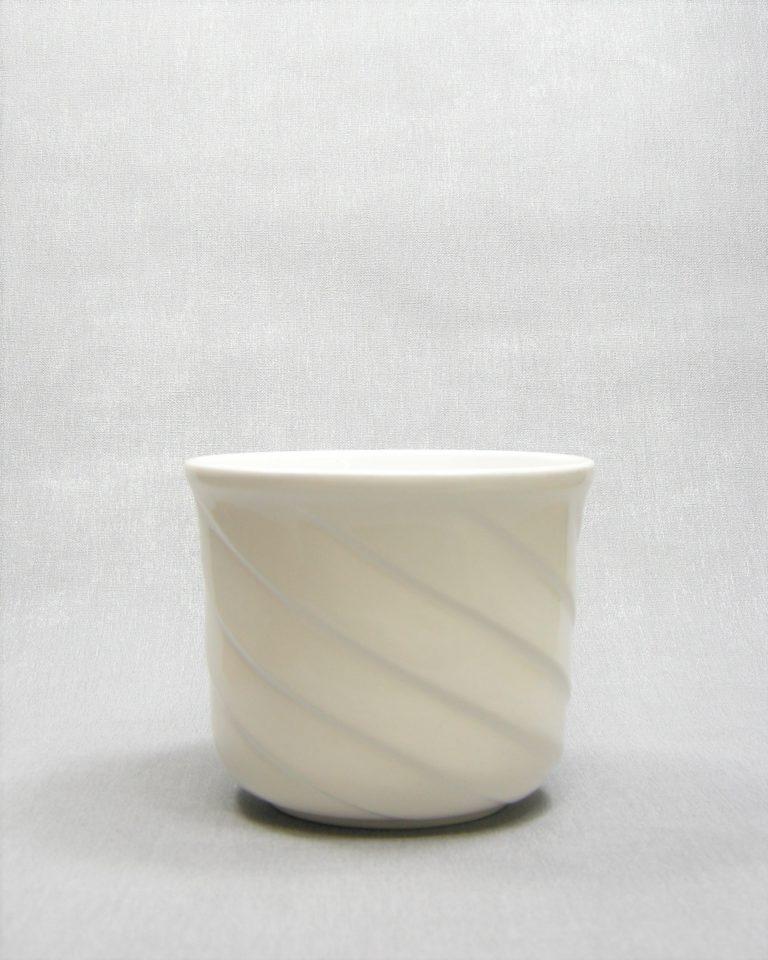 1152 – bloempot met spiraal motief wit