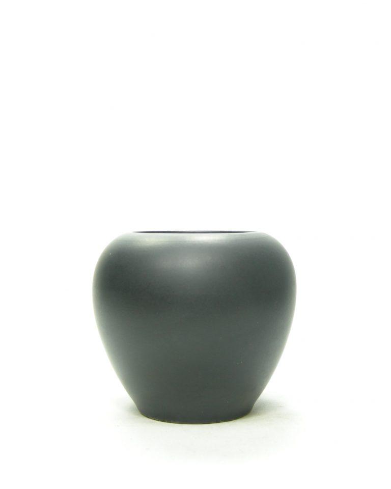 1188 – vaasje mat geglazuurd zwart