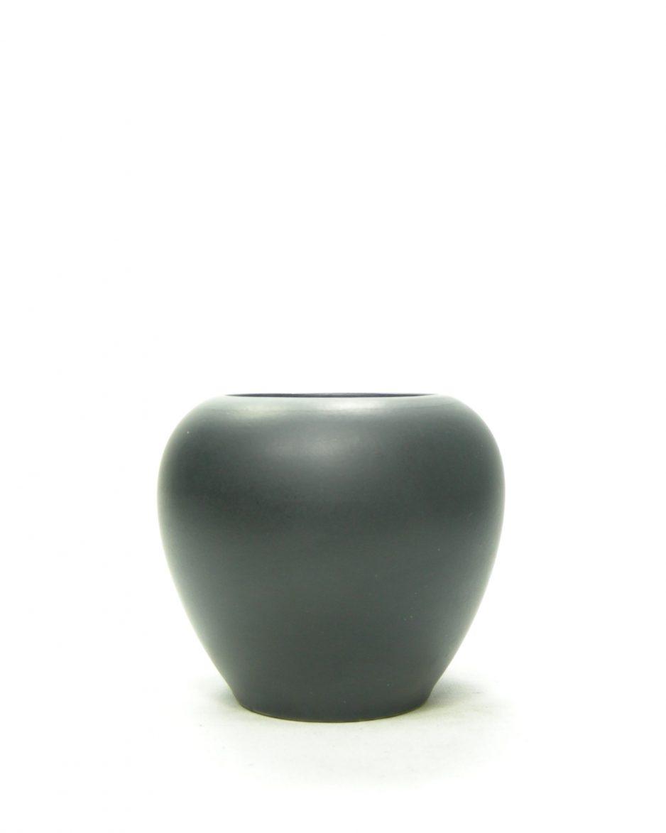 1188 - vaasje mat geglazuurd zwart