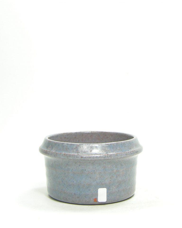 1206 – bloempot op stokjes gebakken blauw – paars