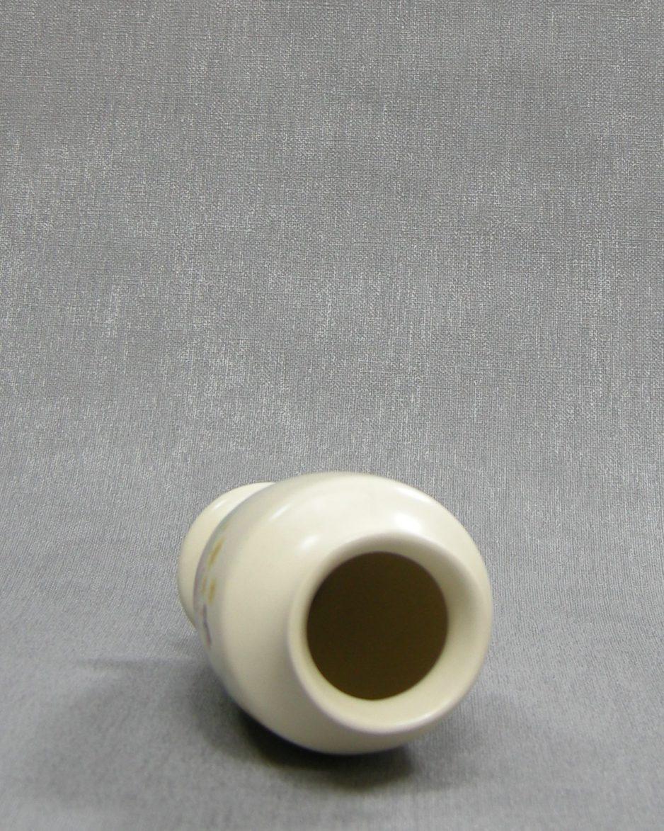 1215 - vaasje Fontmell Potteries England crème met vlinders