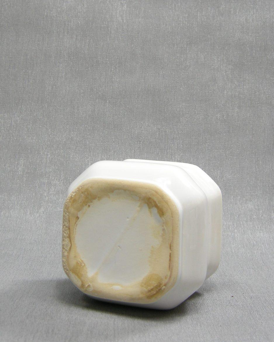 1228 - bloempotje vierkant wit