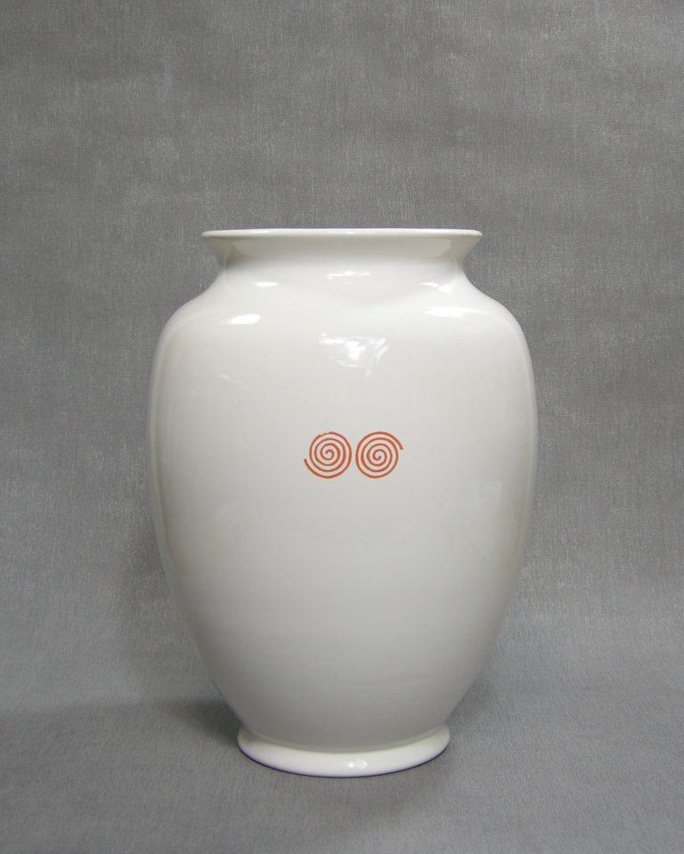 1236 – vaas Delfts op stokjes gebakken wit – oranje