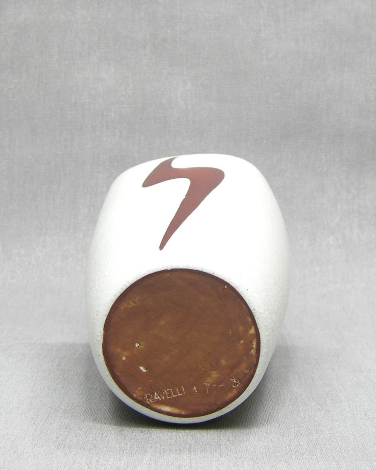 1279 – vaas Ravelli 17-3 met bliksemflits wit – bruin (