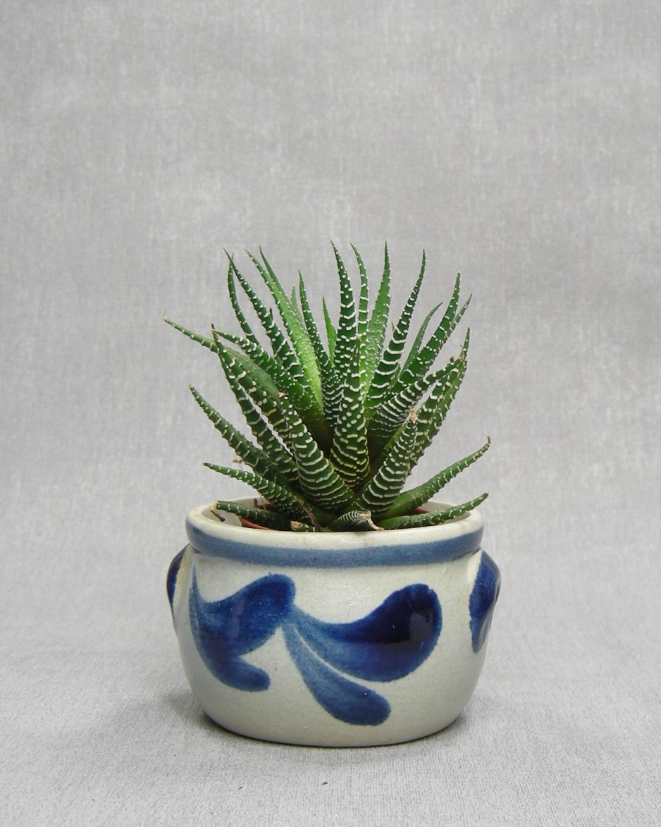 1294 - bloempotje Keuls aardewerk grijs - blauw