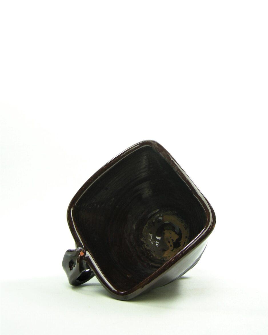 917 - bloempotje - kom op stokjes gebakken bruin (