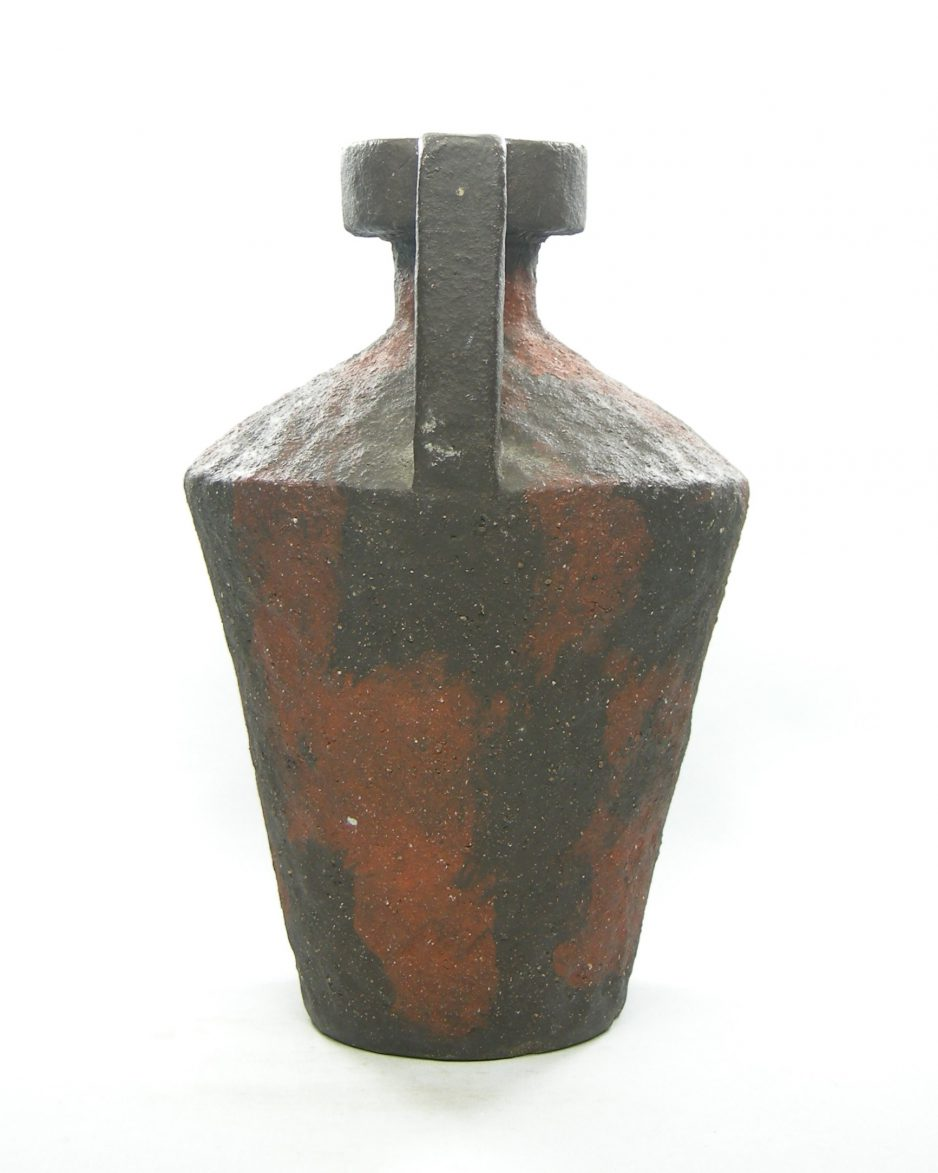 1320 - vaas - kruik van Tol zwart - bruin