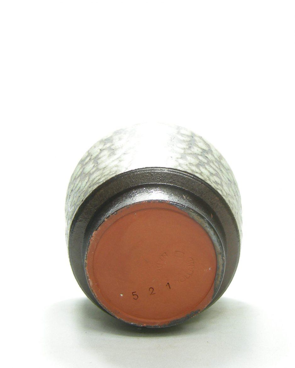 1366 - bloempot Pieter Groeneveldt 521 groen - zwart - bruin
