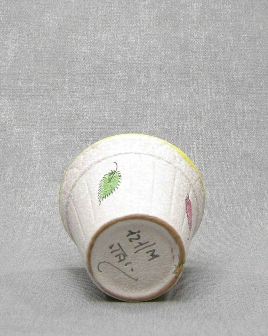 1354 - bloempotje 121-m Italy wit - groen - rood - groen