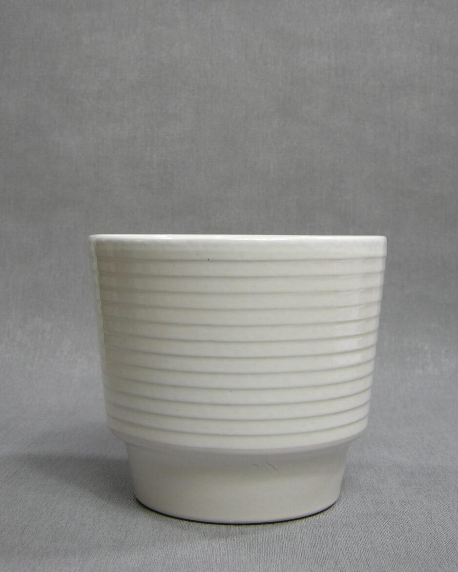 1408 - bloempot met horizontale ribbels wit