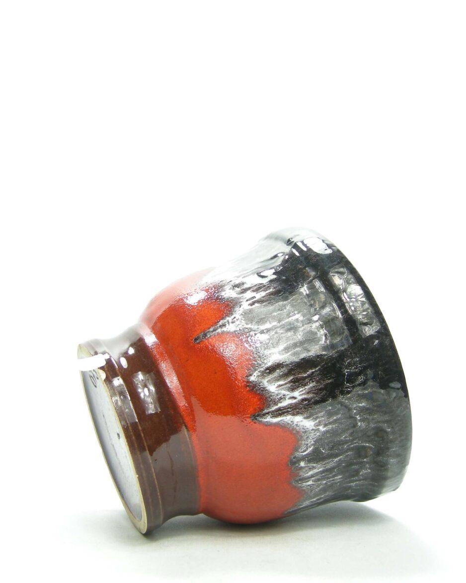 1417 - bloempot Fat Lava 073 22 16 zwart - wit - rood - bruin