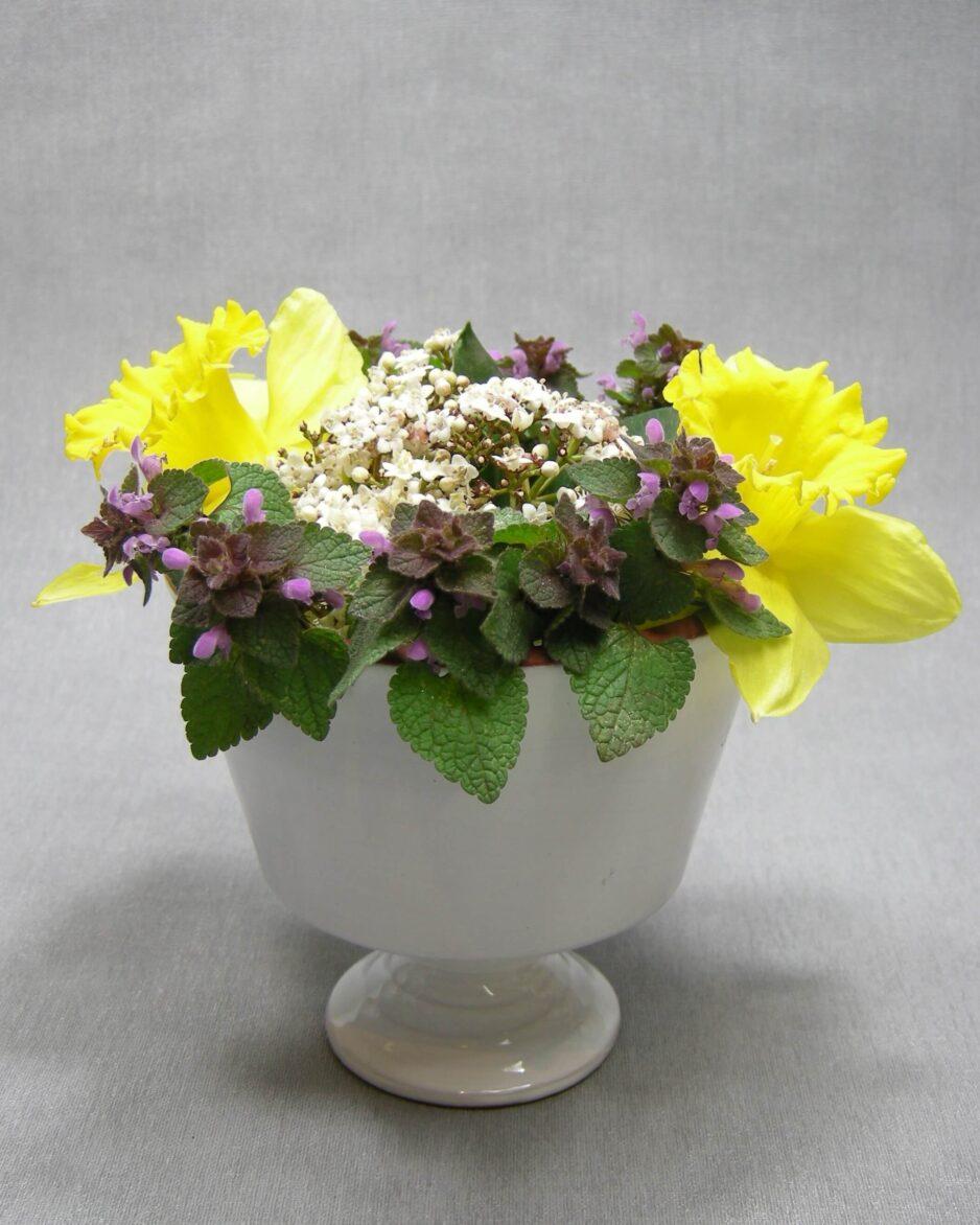 1439 - bloemenvaasje Nagtegaal Utrecht 8 wit
