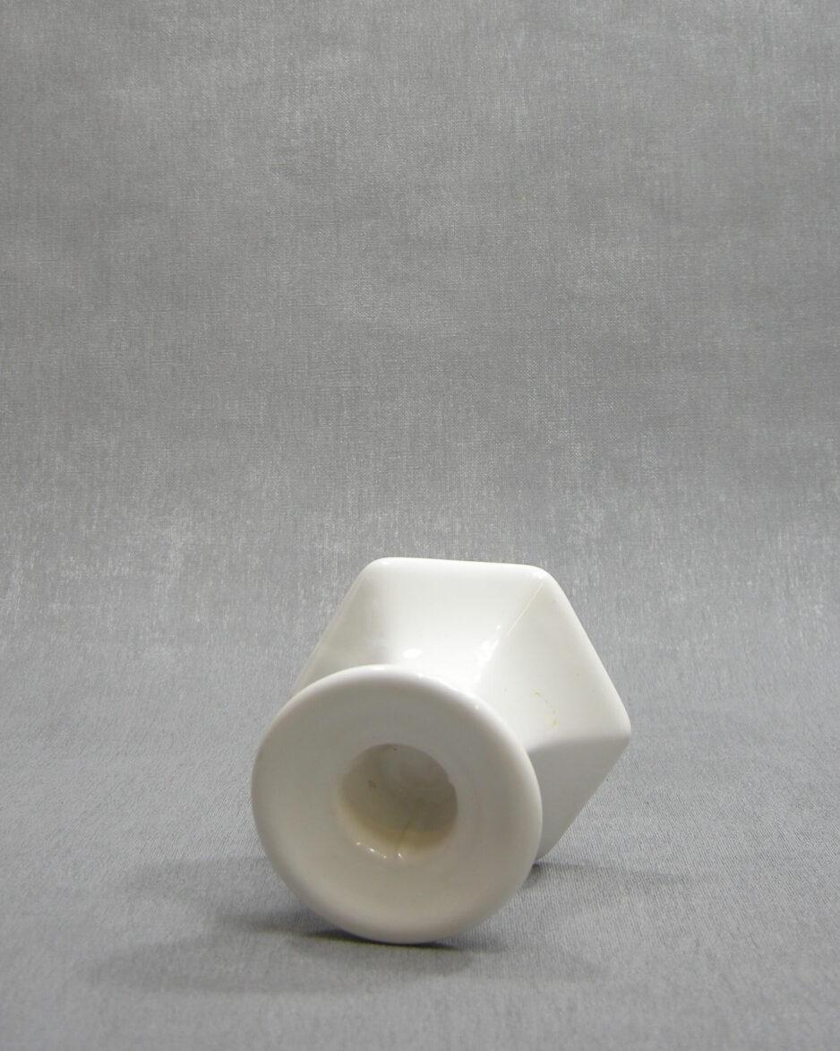 1444 - kandelaar zes hoekig wit