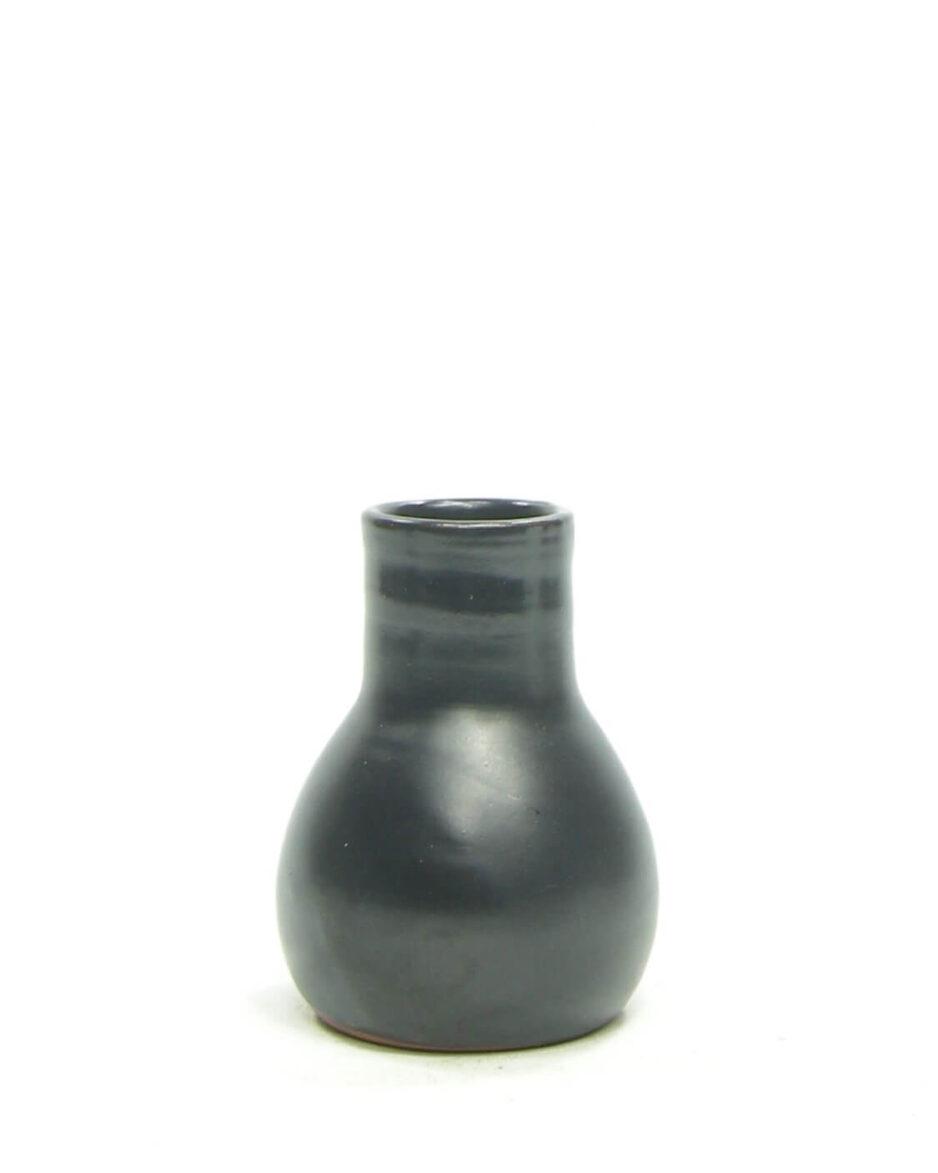 1484 - vaasje mat zwart