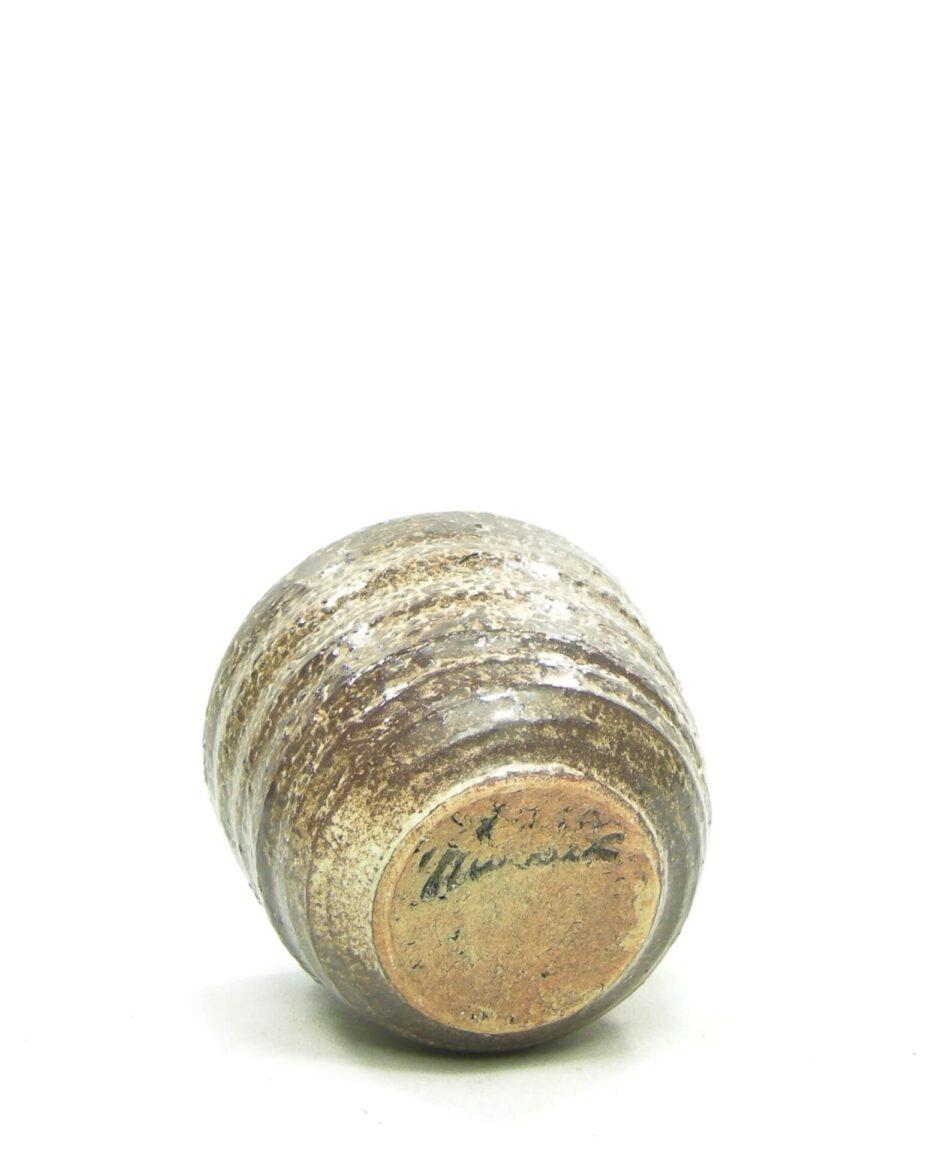 1495 - bloempot MOBACH bruin