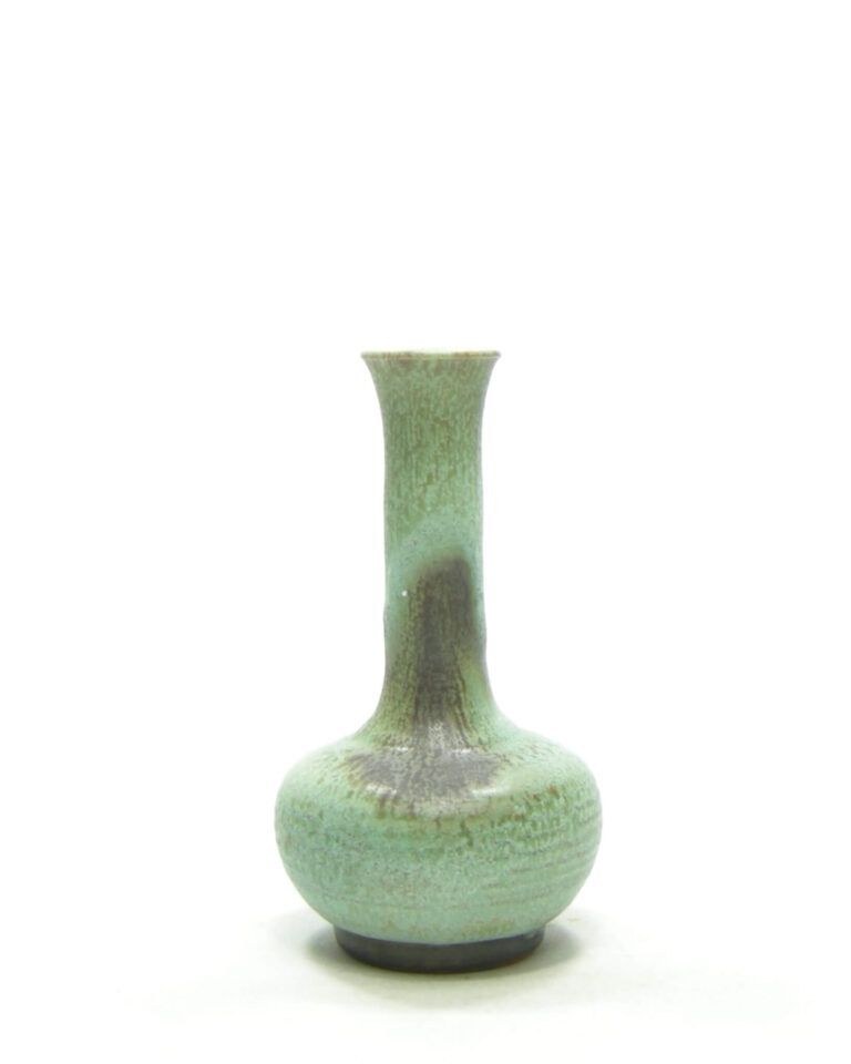 1524 – vaasje groen tinten