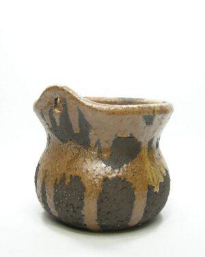 1583 – vintage wand bloempot Fat Lava grof keramiek bruin